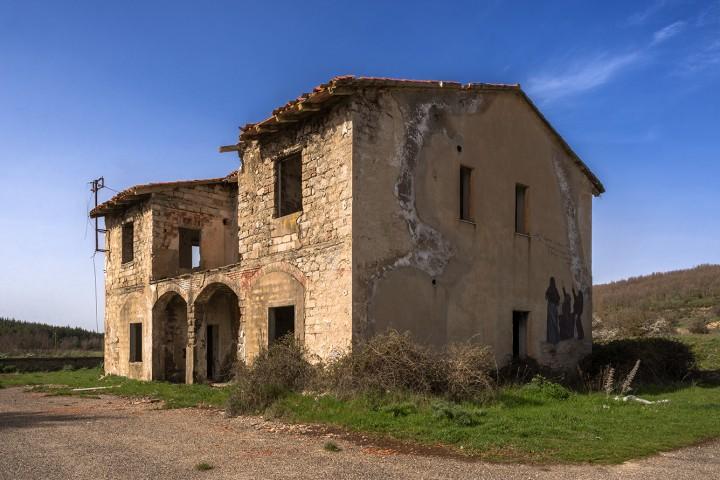 2. caseggiato con murales